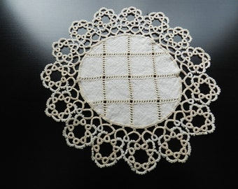 Vintage Beautiful Round Circular Linen and Cotton Doily Cutwork Oatmeal Biege Color 9 inch