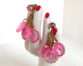 Vintage Clip Earrings Pink Plastic Translucent Dangle Rhinestone Gold 50s (item 1)