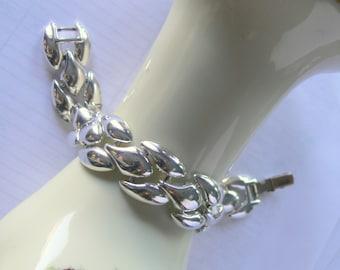 napier silvertone bracelet