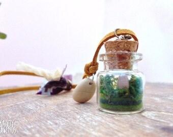 Mini Terrarium necklace. Pink Quartz miniature terrarium pendant. Natural stone necklace. Nature vial necklace. Mineral Terrarium jewelry