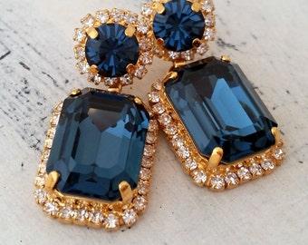 Navy blue Chandelier earrings, Drop earrings, Dangle earrings, Bridal earrings, Deep blue Swarovski earrings, Gold or silver