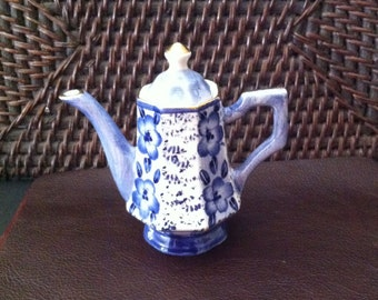 Mini Paneled Teapot With Blue Flowers, 3.25  Inches Including Lid