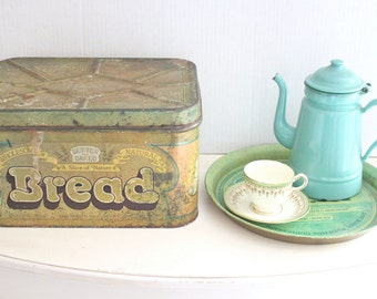 Vintage Collectible Large Green Tin Bread Box