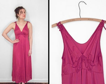 Nightgown CRANBERRY Red // Empire Waist 70s Vanity Fair Small