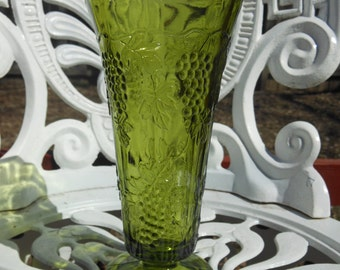 Vintage vase avocado/olive green with grapes