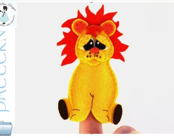 Lion Finger Puppet PATTERN.  Instant Download Lion Puppet Sewing Pattern.