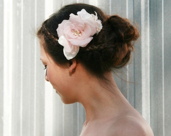 Blush Pink Bridal Head Piece, Wedding Head Piece, Flower Hair Comb, Blush Head Piece White Head Piece Ivory, Blush Head Piece