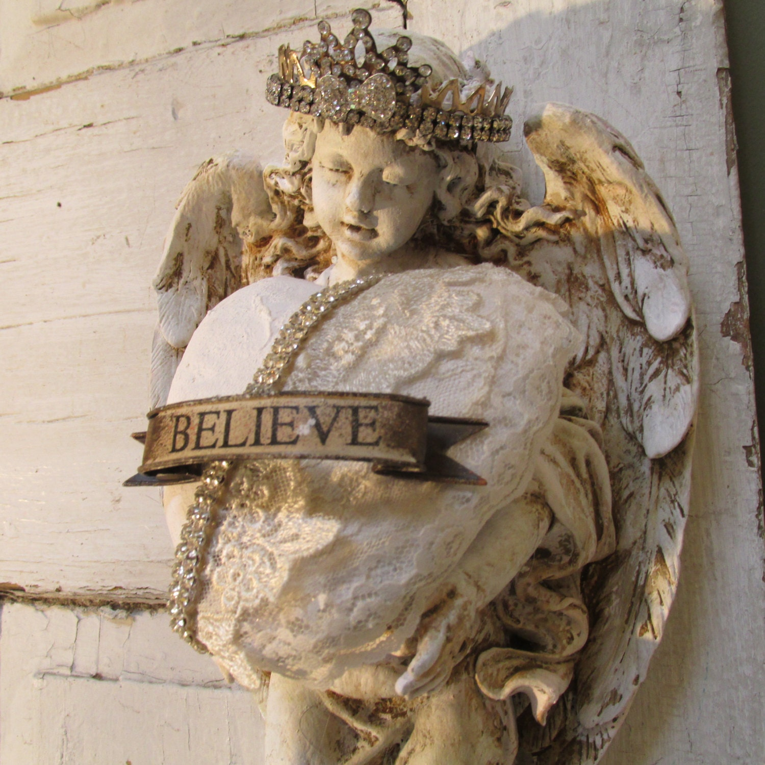 Angel Statue Wall Decor With Crown Holding A Handmade Heart