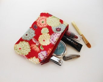 Japanese Coin Purse - Coupon Holder - Zipper Pouch - Japanese Handbag - Tiny Makeup Bag - Adorable Little Coin Purse - Red Flowery Design