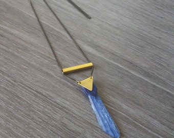 Cianita Gemstone Necklace. Gold Brass Long Necklace with Blue Leather. Pendant Necklace. Mineral Jewelry.