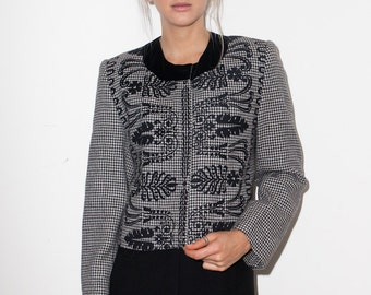 Clearance SALE was 350 now 50 sophisticated GENNY/Gianni VERSACE wool houndstooth tweed velvet rtim jacket cropped bolero