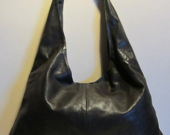 Vintage XL Italian leather tote  shoulderbag, boho