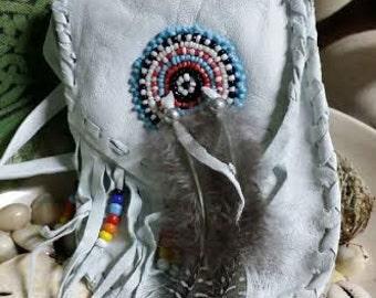 Medicine Bag, White, Beaded, Feather, spiritual , Ritual, Spiritual, Ceremony, Smudge, Pagan