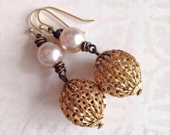 Vintage Golden Globe Retro Style Earrings Renewed Vintage Pearls Repurposed Earrings Art Deco Bridal by WinterPearlsDesigns Winter Pearls