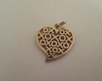 "Vintage ""XOXO"" Heart Love 14K Gold Pendant"