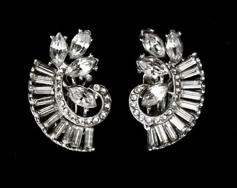 Vintage Rhinestone Earrings - Very Hollywood Glam