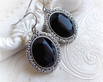 Gothic black oval jewel earrings gothic victorian everyday wear black stone earrings medieval black crystal earrings