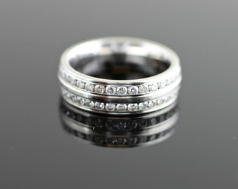 Wide Band with Two Horizontal Rows of Diamonds
