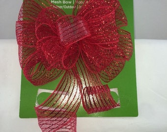 """Red Mesh Bow Indoor And Outdoor Use 10"""" X 16"""""""