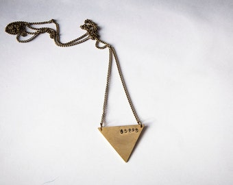 Long necklace with triangle and love lettering, personalized jewelry,minimal geometric necklace,boho,hipster,custom word,name,delta necklace