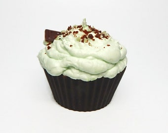 Jumbo Chocolate Mint Cupcake Candle