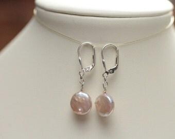june birthstone gift for her pearl earrings / small drop earring / small pearl earrings / freshwater pearl earring / graduation gift