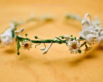 Dainty White Flowers Headband