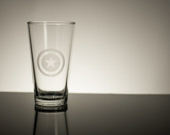 Single Etched Pint Glass Inspired by Captain America