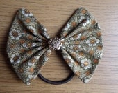 Medium Kelly and Gold Ponytail Hair Bow
