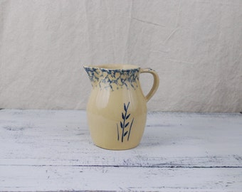 Spongeware Pitcher, Robinson Ransbottom Pottery, great condition, vintage, housewares, Roseville, OH, Robinson Ransbottom Pottery