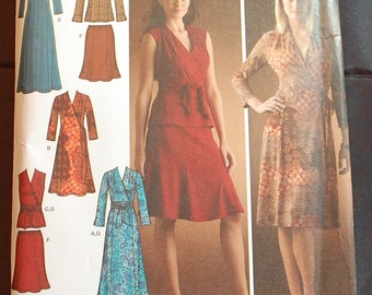 LAST CHANCE SALE - Simplicity 4074 - Size 6-14 - Dress, Top, Skirt, and Sash