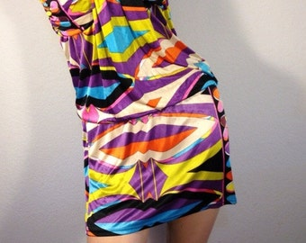 FREE  SHIPPING    1970 Abstract  Mod  Dress
