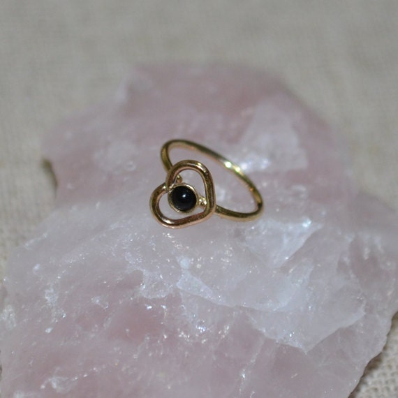 2mm Onyx Nose Ring - Gold Heart Nose Hoop - Rook Piercing - Cartilage Earring - Tragus Earring - Daith Ring - Helix Hoop - Nose Piercing 20g