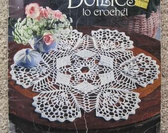 Crochet Pattern Book - Easy Doilies to Crochet - American School of Needlework - Vintage 1990