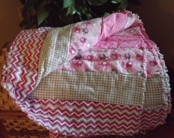Pink and gray flannel rag baby quilt