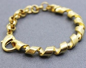 10 Spiral Bar Bracelet with Links & Lobster Clasp - 22k Matte Gold Plated