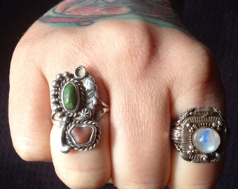 Native American green Carico Lake Turquoise + Spiny Oyster + Sterling Silver Ring Size 7