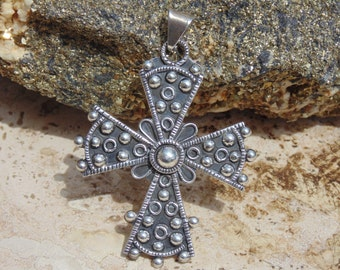 HOB ~ Vintage Mexican Sterling Silver Cross Pendant