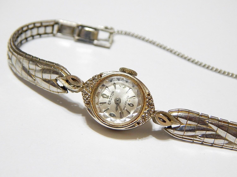 vintage croton incabloc wind up 10k white gold