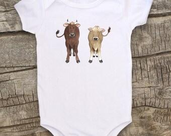 Cute Baby bodysuit, Unique baby clothes, Cow, Farm Bodysuit, Animal bodysuit, Farm Animal, Farm baby, Farmer, Shower Gift, Infant Bodysuit