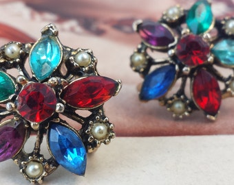 Vintage 1940s Multi Color Rhinestone Red, Blue, Turquoise, Purple, and Faux Pearl Flower Screw Back Earrings