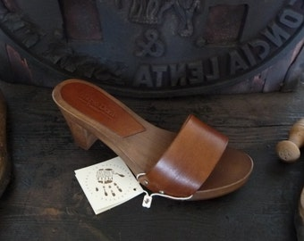 Clogs handcrafted wooden and leather vegetable