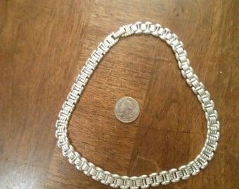 SALE Silvertone Necklace