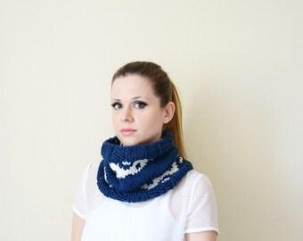 fair isle scarf blue and white