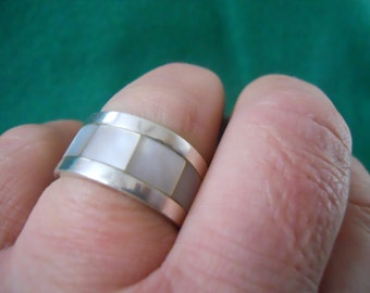 Sterling Silver Mother of Pearl Inlay Ring Sz 10