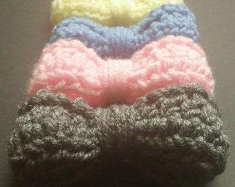 Crocheted Bow Hair Clip