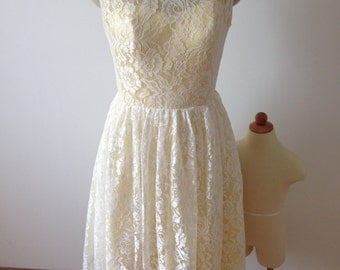 Short Ivory/Yellow Lace Dress with Faux Buttoned Back Bridesmaid Reception Prom Homecoming Dress