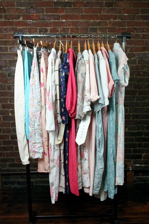 vintage clothing wholesale dress lot 12 pastels