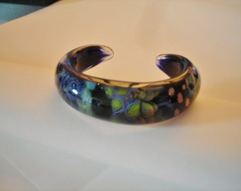 Hand made fused glass bracelet, fits most wrists, smooth, rounded