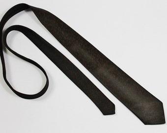 1950s Skinny Tie. Vlv. Dress Necktie. Vintage. Mens. GOGOVINTAGE. FREE SHIPPING